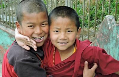 Shenpen Aid, Indien och Nepal